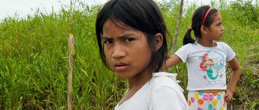 Wie leben Kinder am Amazonas? Nur noch ganz selten wachsen sie in einer ursprünglichen Gesellschaft auf.